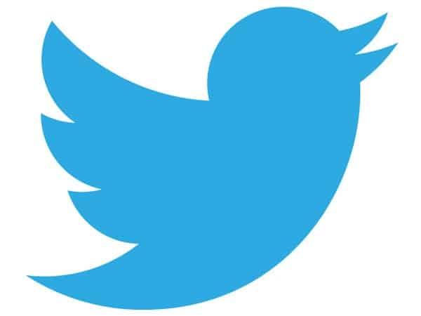 Segeix-nos a Twitter
