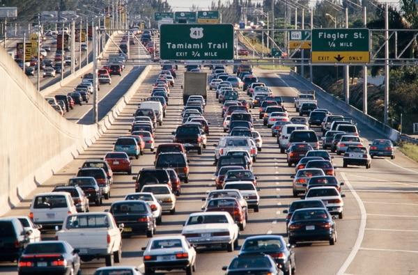 La idea es analizar el impacto del tráfico sobre el medio ambiente.