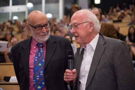 Peter Higgs y François Englert.