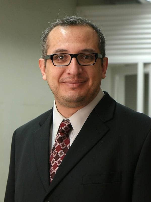 Patricio Manque es experto en Biología Sintética.