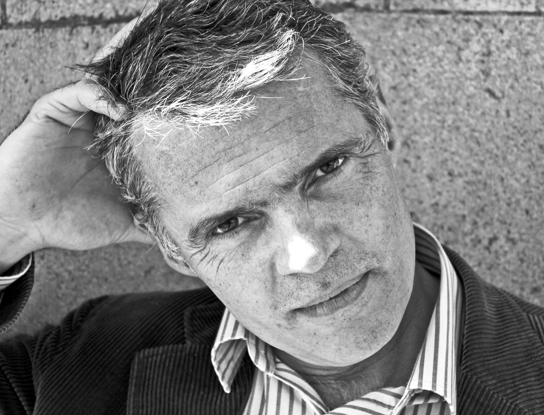 Peter Jukes es un bloguero que alcanzó popularidad por cubrir en Twitter el caso del News of the World.