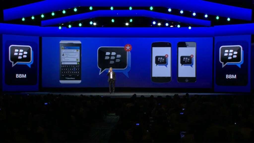 Blackberry canceló la producción de dos equipos y la realización del Blackberry Live como medidas para ahorrar recursos.