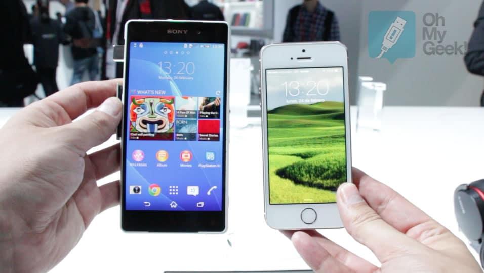 Así luce el Sony Xperia Z2 contra un iPhone 5S en tamaños.