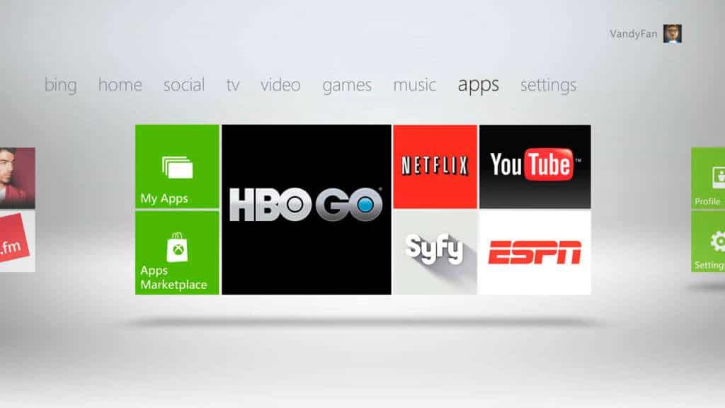 El servicio XBOX Live Gold te permite la reproducción de servicios por streaming.