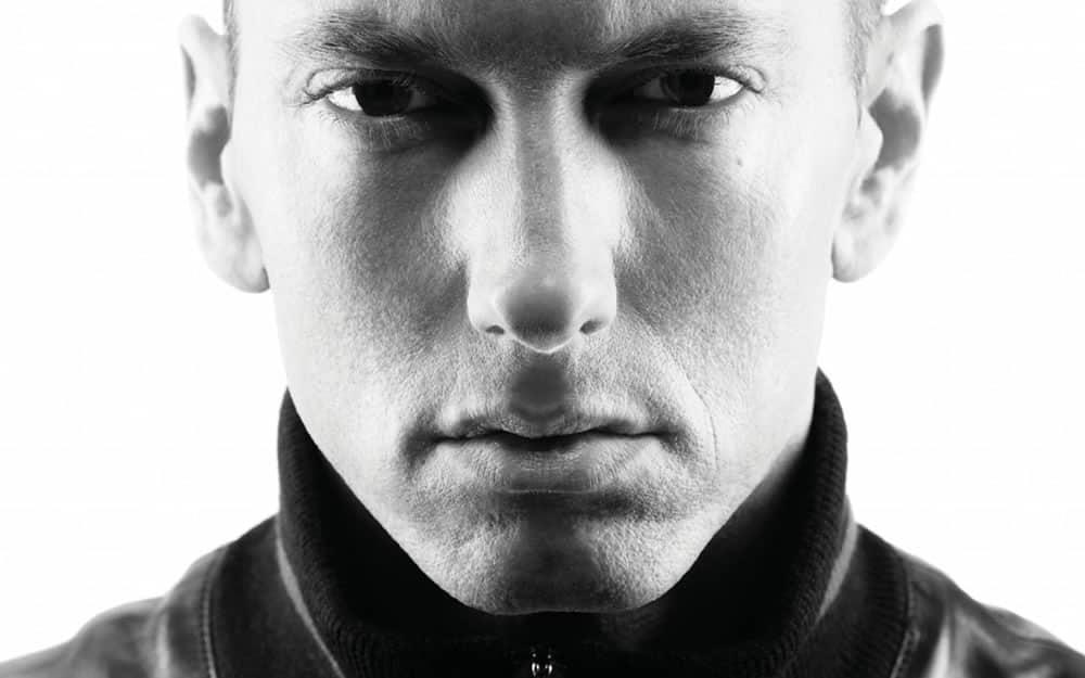 Eminem es el artista con mayor número de streams de todos los tiempos en Spotify.