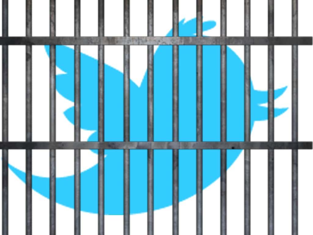 Twitter está aceptando cerrar cuentas cuando se los solicita algún gobierno.