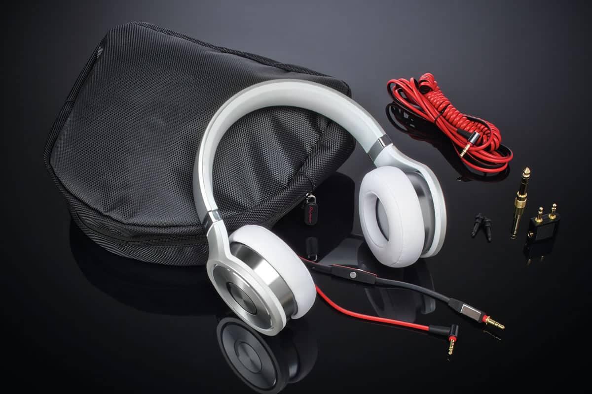 Superior Club Sound - Pioneer SE-MX9