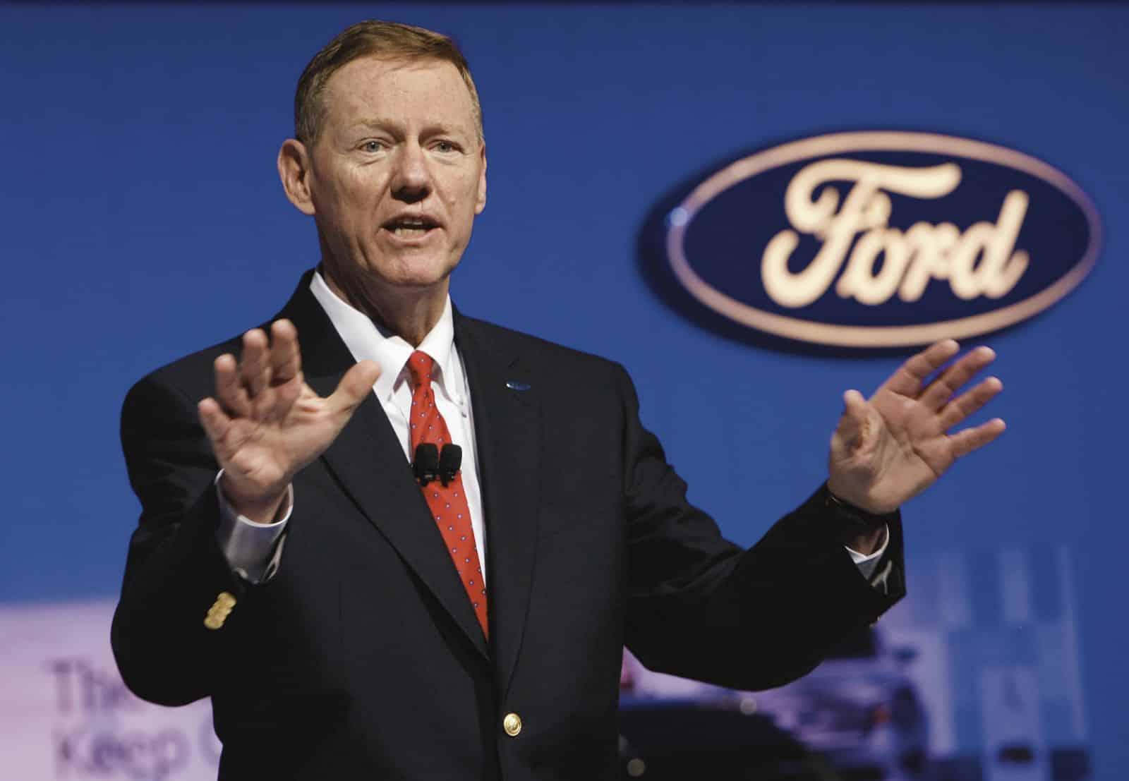 Alan Mulally ejerció como CEO de Ford hasta hace un mes atrás, ahora integrará el directorio de Google.