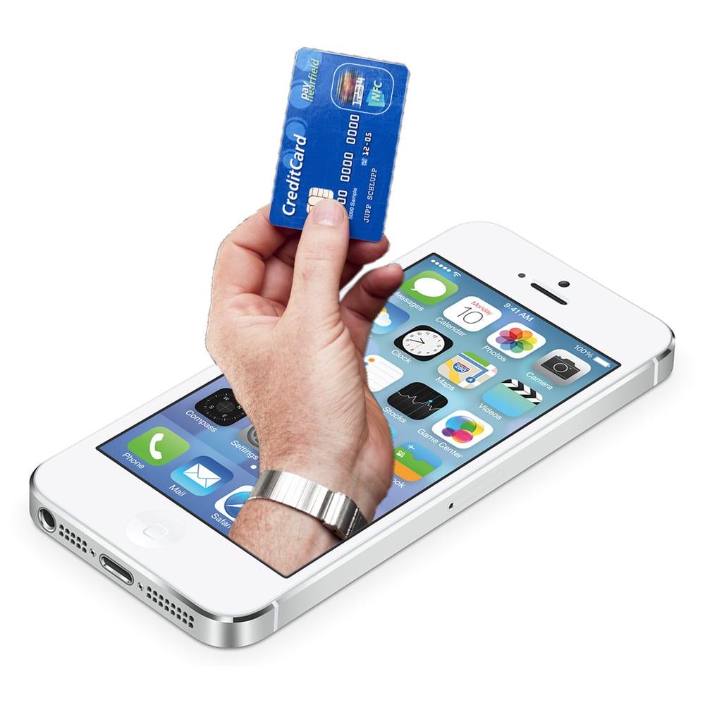 Apple pretende que las personas puedan ocupar el iPhone como tarjeta de crédito en sus tiendas. Para ello Visa ayudaría.