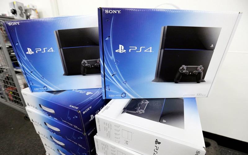PlayStation 4, la gran apuesta para salvar las pérdidas hasta marzo de 2015.