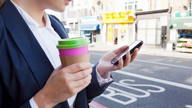 Españoles: 7Los smartphones comenzaron a introducirse masivamente en España desde el 2007.