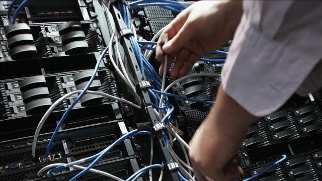 Lenovo pagó aproximadamente2.100 millones de dólares por los servidores de IBM.