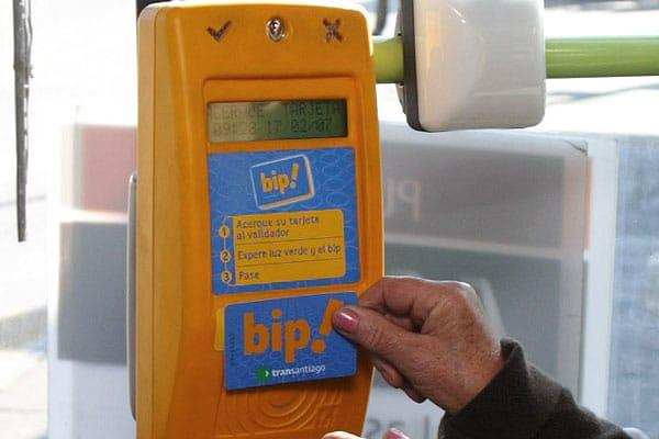 MTT advierte que quienes utilicen saldo ficticio desde una tarjeta Bip!, pueden ser acusados de fraude.