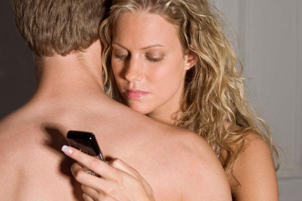 Divorcios: Infidelidad por WhatsApp, haría retornar al ¿Latin Lover?