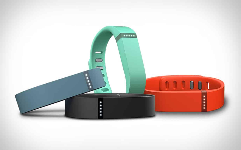 Apple eliminará de sus tiendas los productos de Fitbit y así priorizar sus wearables.