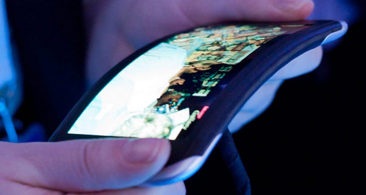 Samsung confirmó el 2015 como el año para el debut de sus smartphones flexibles.