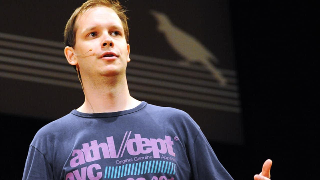 Peter Sunde, uno de los fundadores de The Pirate Bay, fue condenado a cinco meses prisión, sentencia que acaba de cumplir.