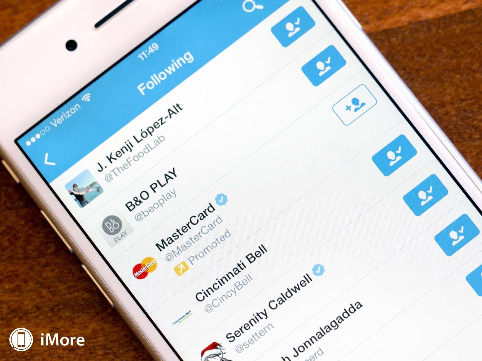Twitter está agregando cuentas a la lista de seguidos para aumentar los ingresos por publicidad.