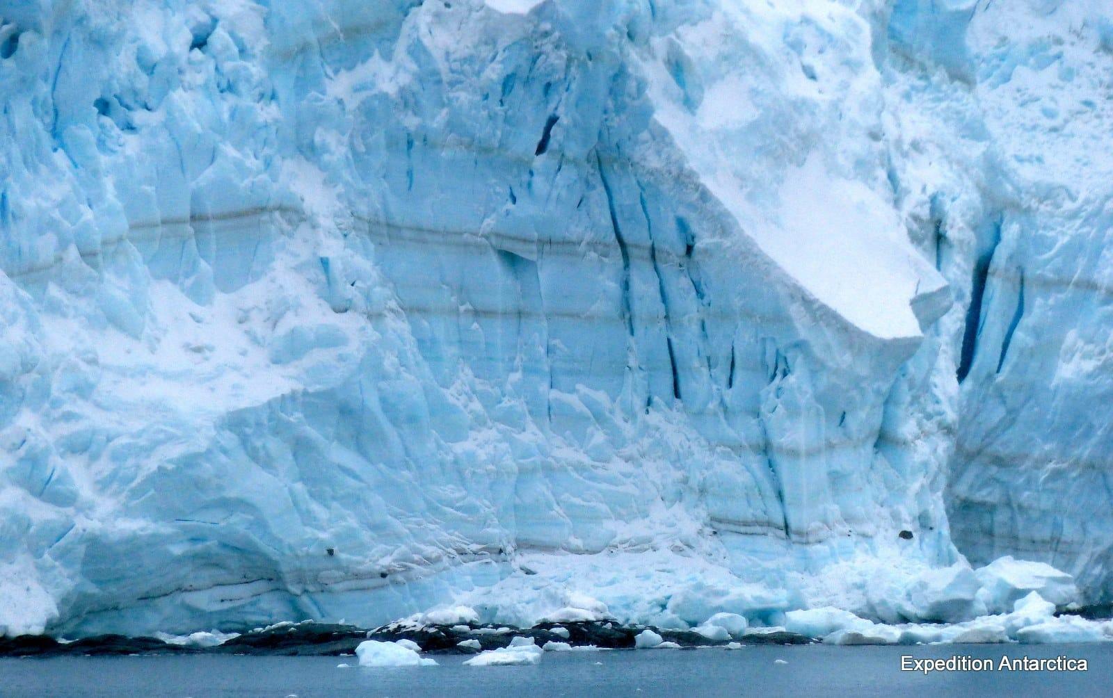 Totten, uno de los glaciares más grandes del mundo, se derrite desde sus cimientos.