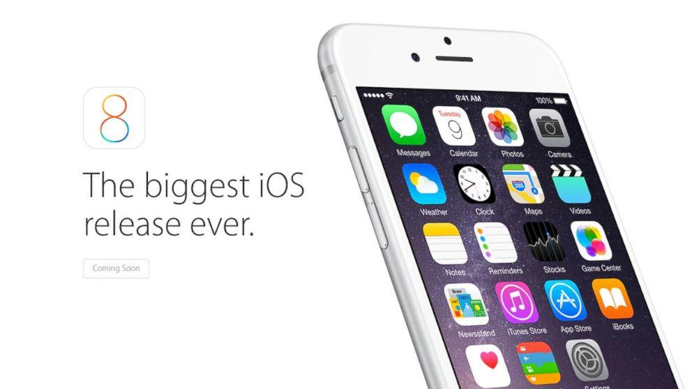 Dos usuarios de Apple demandaron a la empresa por considerar la promoción de iOS 8  como publicidad engañosa.