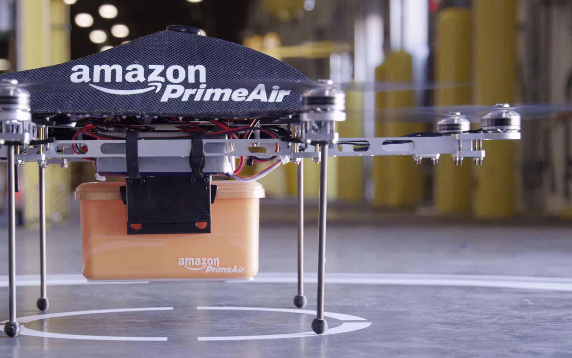 Primer Air de Amazon estaría en peligro por los nuevos estándares para el vuelo de drones en Estados Unidos.