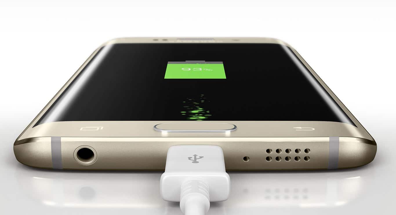 Galaxy S6 Edge podrá cargarse con cable e inalámbricamente.