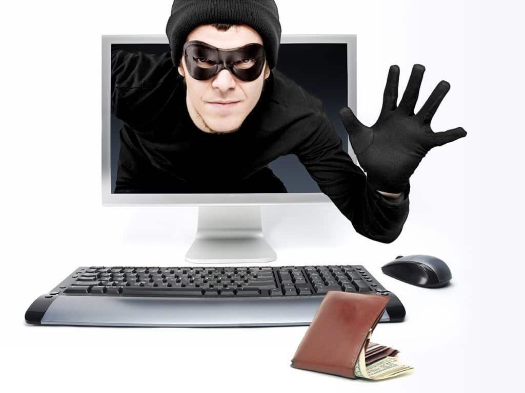 Cibercriminales se aprovechan de eventos masivos como el CyberDay para engañar a los usuarios.