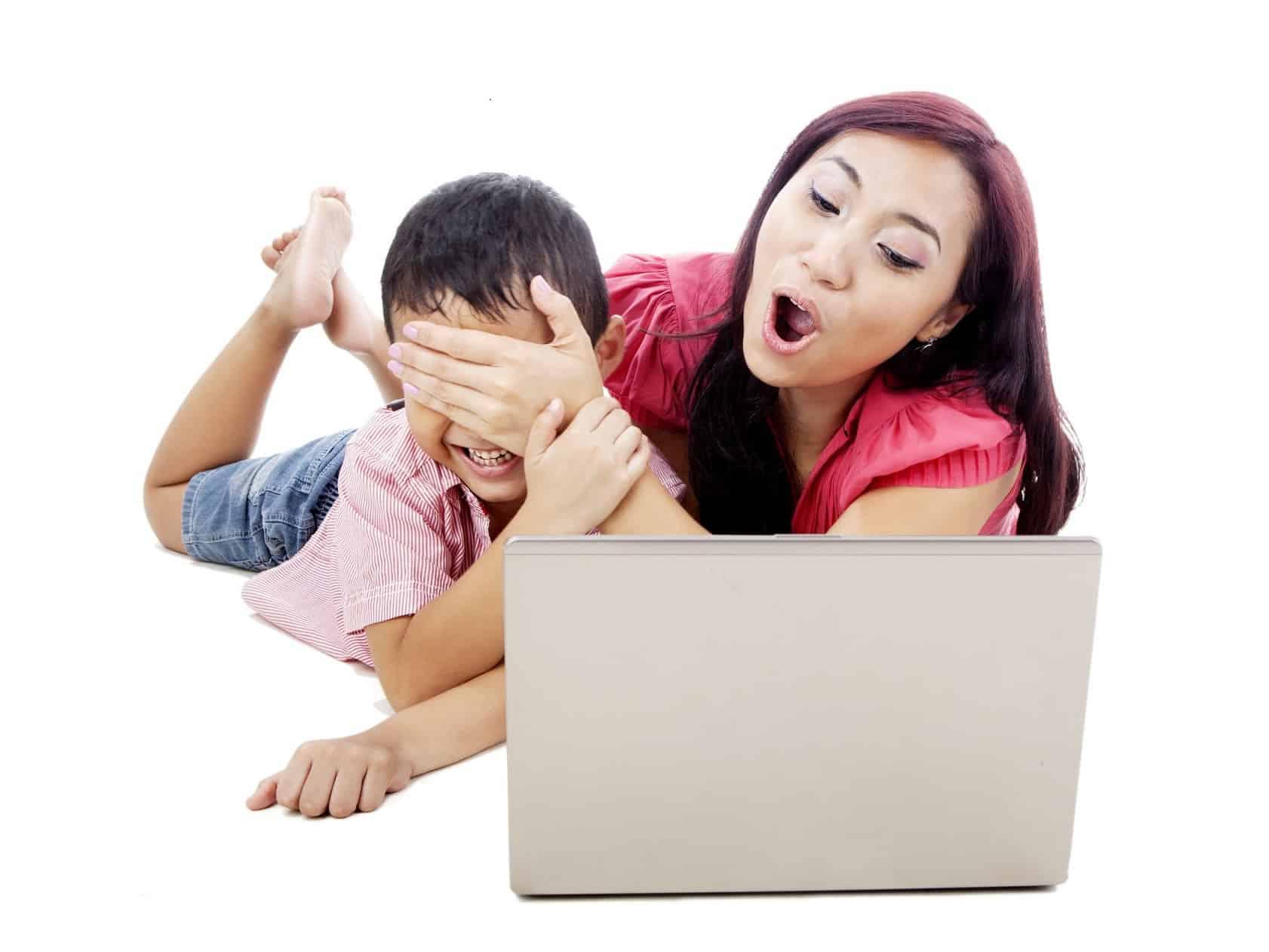 En los colegio no hay instancias para hablar con los niños sobre Internet. Debe nacer en el hogar.
