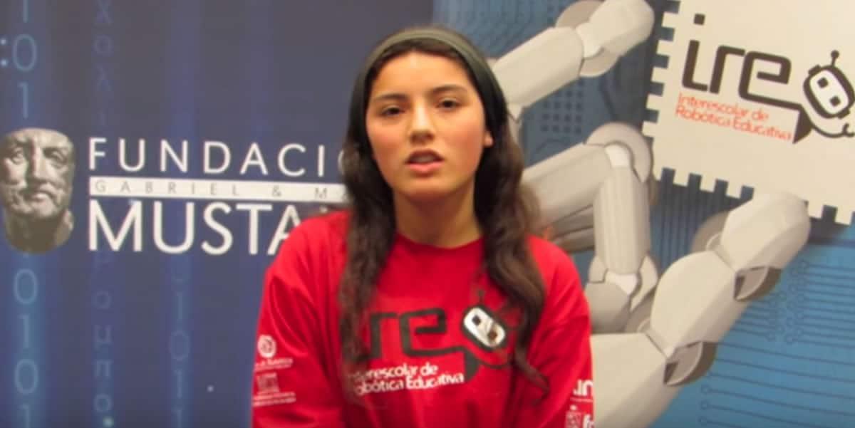 Catalina Roldán es una de las representantes chilenas en RoboCup Jr 2015.