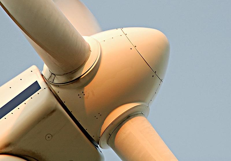 El rotor de una turbina eólica puede tener entre 42 a 80 metros de diámetro.