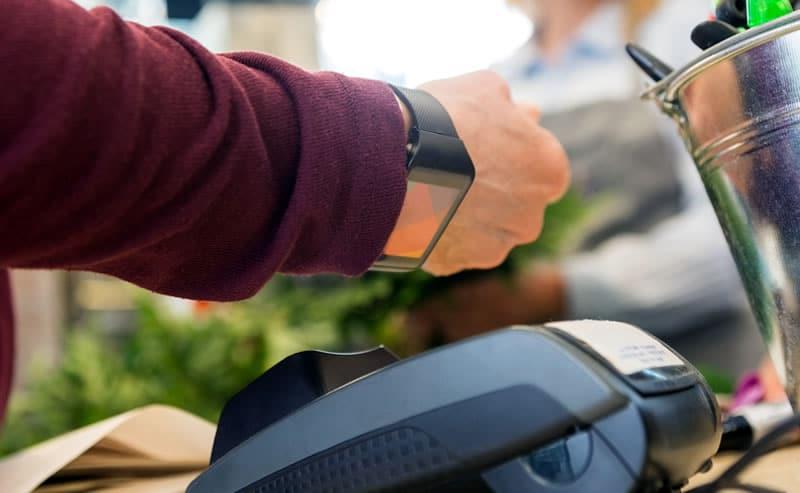 Coin y Mastercard: Pagando con el reloj inteligente.