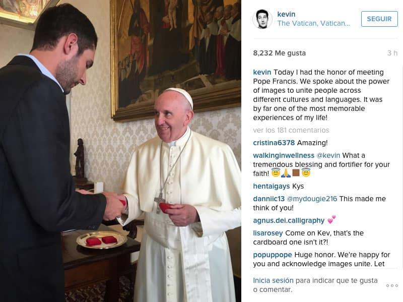 Kevin Systrom y su publicación de Instagram sobre el Papa Francisco.