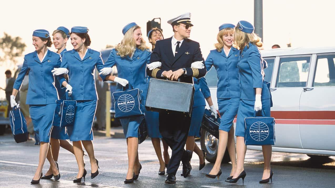 Piloto de avión es la profesión con más Likes en Tinder.