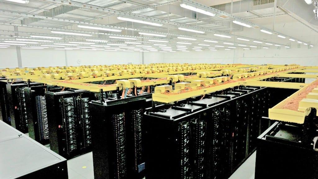 Amazon Web Services buscará profesionales para administración y venta.