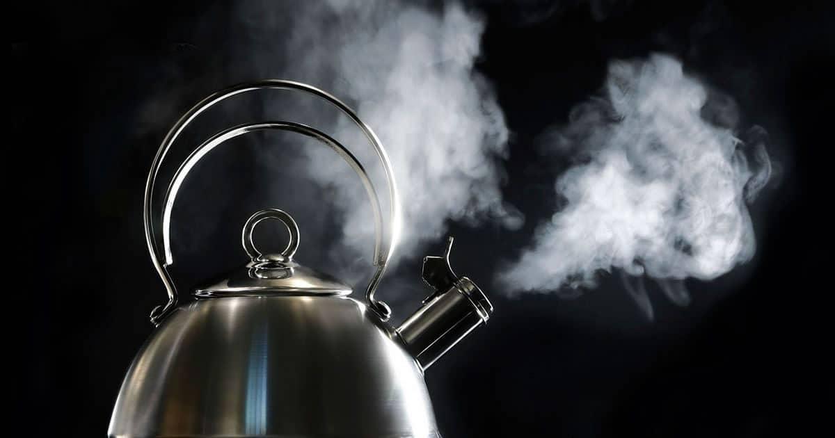 Tomar café o agua por sobre los 65º C puede provocar cáncer. No el producto.