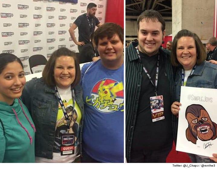 Chewbacca Mom y los fanáticos que pagaron por la foto.