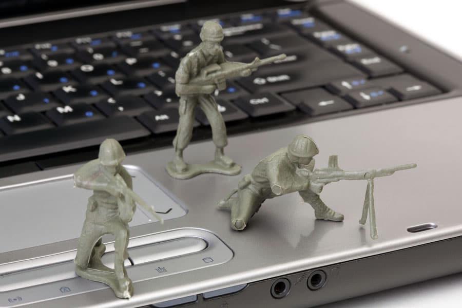 El 8% de los encuestados esconden su PC para proteger su información.