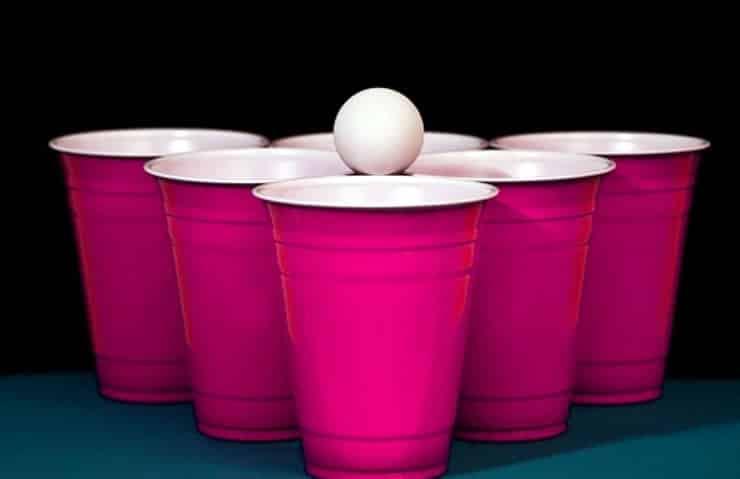 Roomba Pong utiliza el mismo principio del Beer Pong.