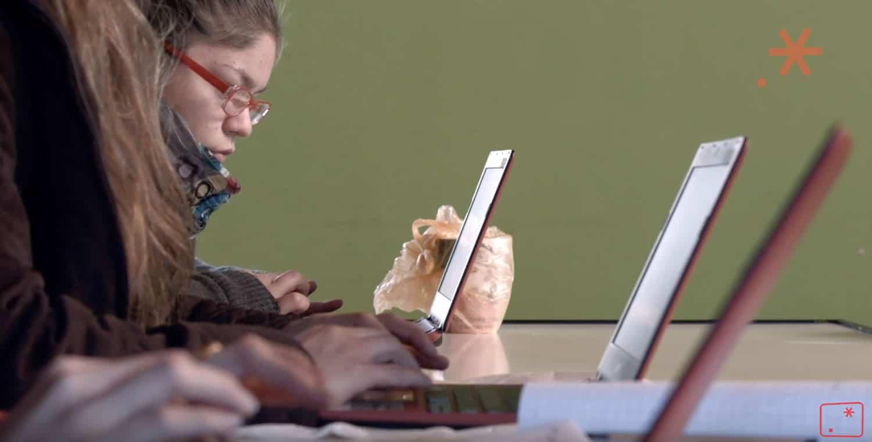 Bajó el interés de las mujeres por carreras informáticas en Chile.