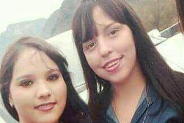 Selfie: Nitzia Mendoza y Clarissa Morquecho.