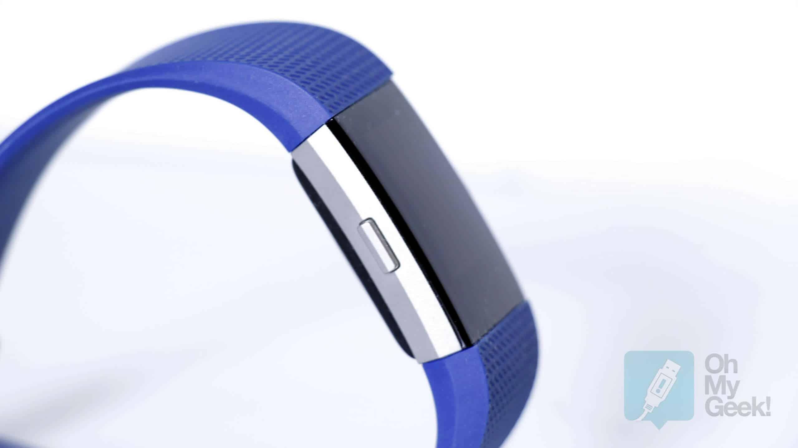 Fitbit Charge 2 incluye pantalla más grande que su antecesor.