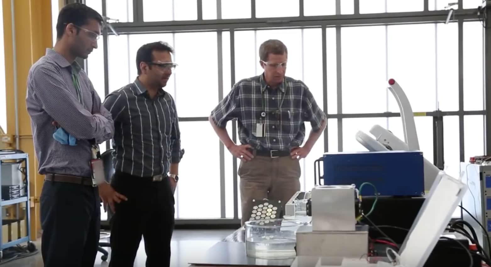 Científicos secarán la ropa con una nueva secadora eléctrica.