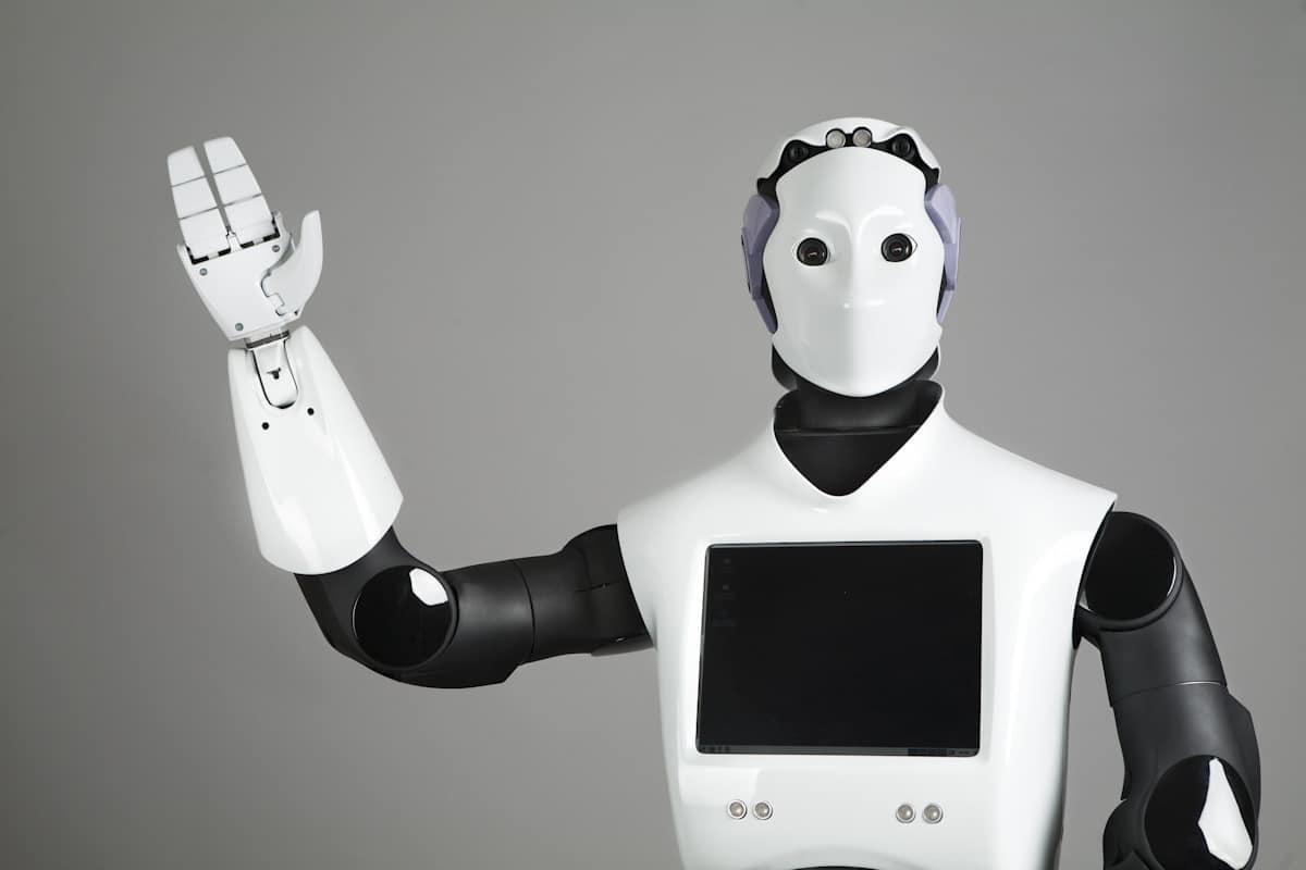 Robocop de Dubai: Reem es un robot de servicio creado por PAL Robotics.