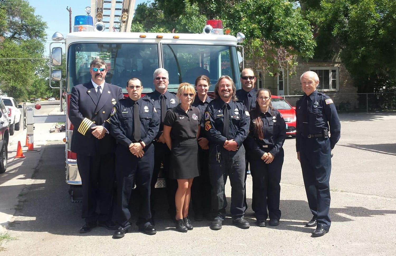 El cuerpo de bomberos deWorland que controló el incendio de azufre.