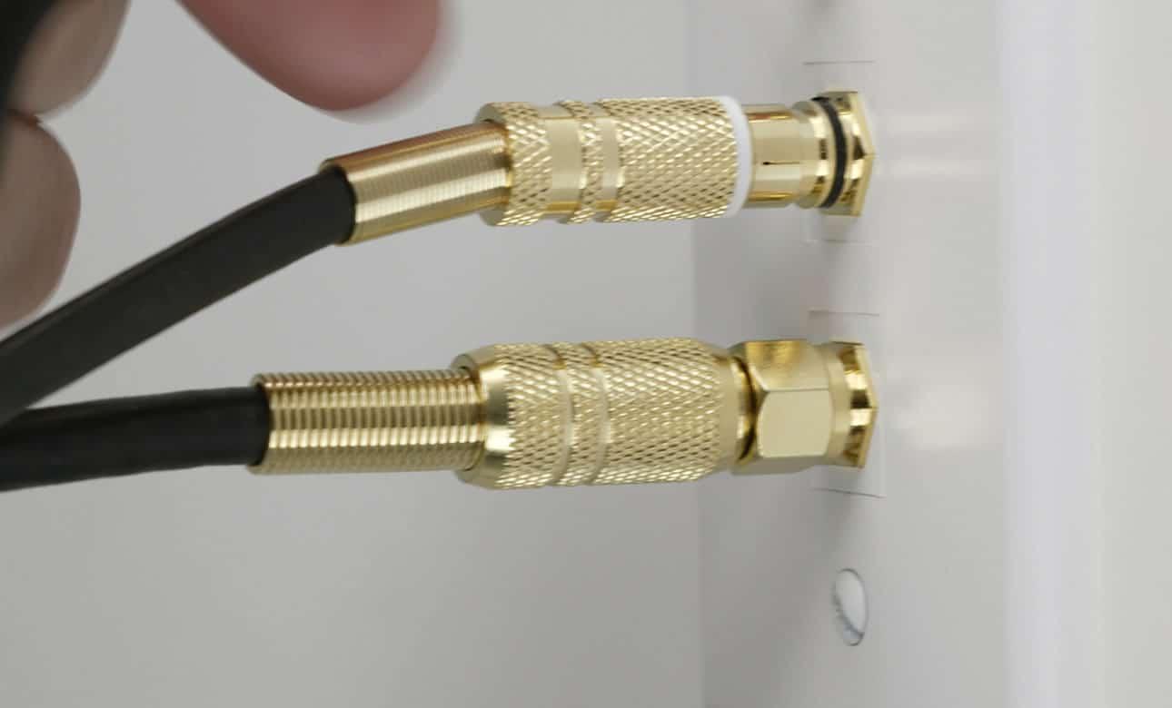 Cables conectados.