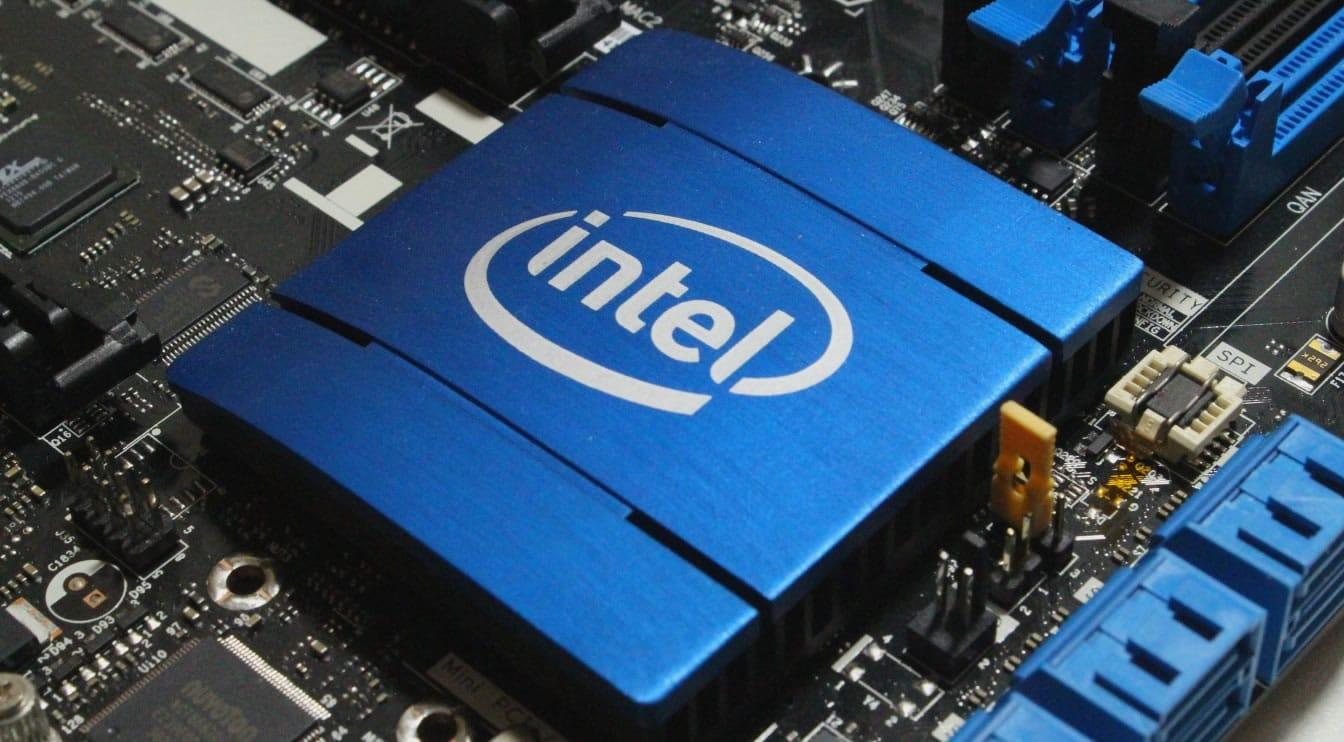 Falla de seguridad histórica de procesadores Intel podría dejarlos más lentos