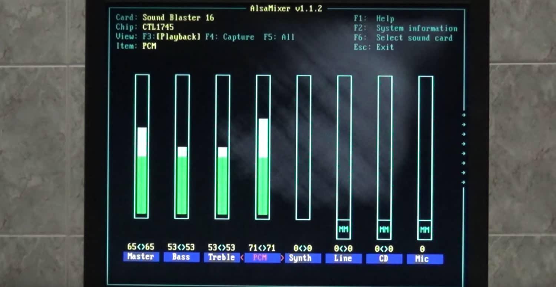 ¿Qué pasa si instalo una distribución moderna de Linux en un computador de 1993?