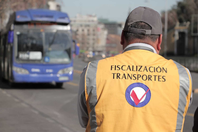 Se esperan 200 buses eléctricos para el Transantiago, mientras 168 han sido retirados