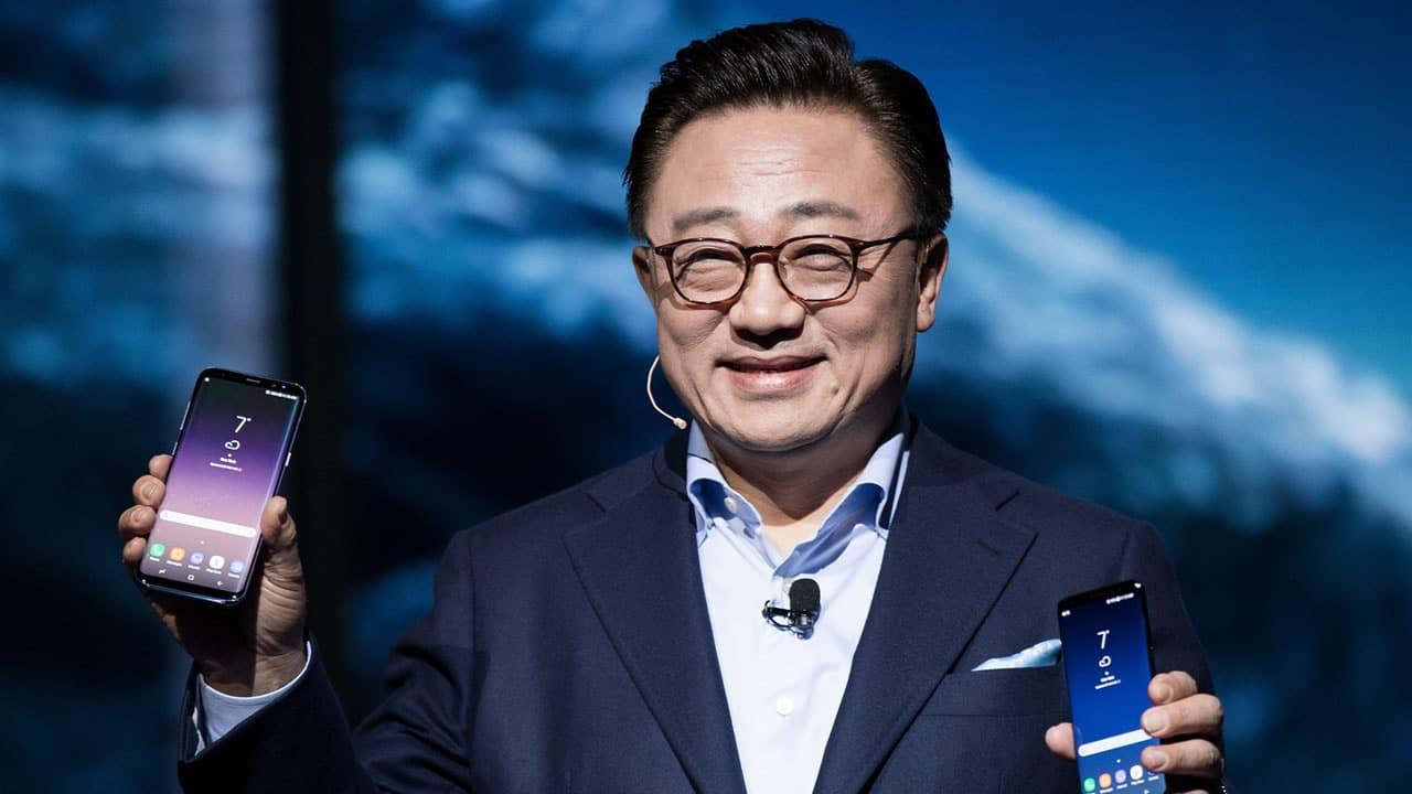 Samsung confirma teléfono plegable para fines de este año