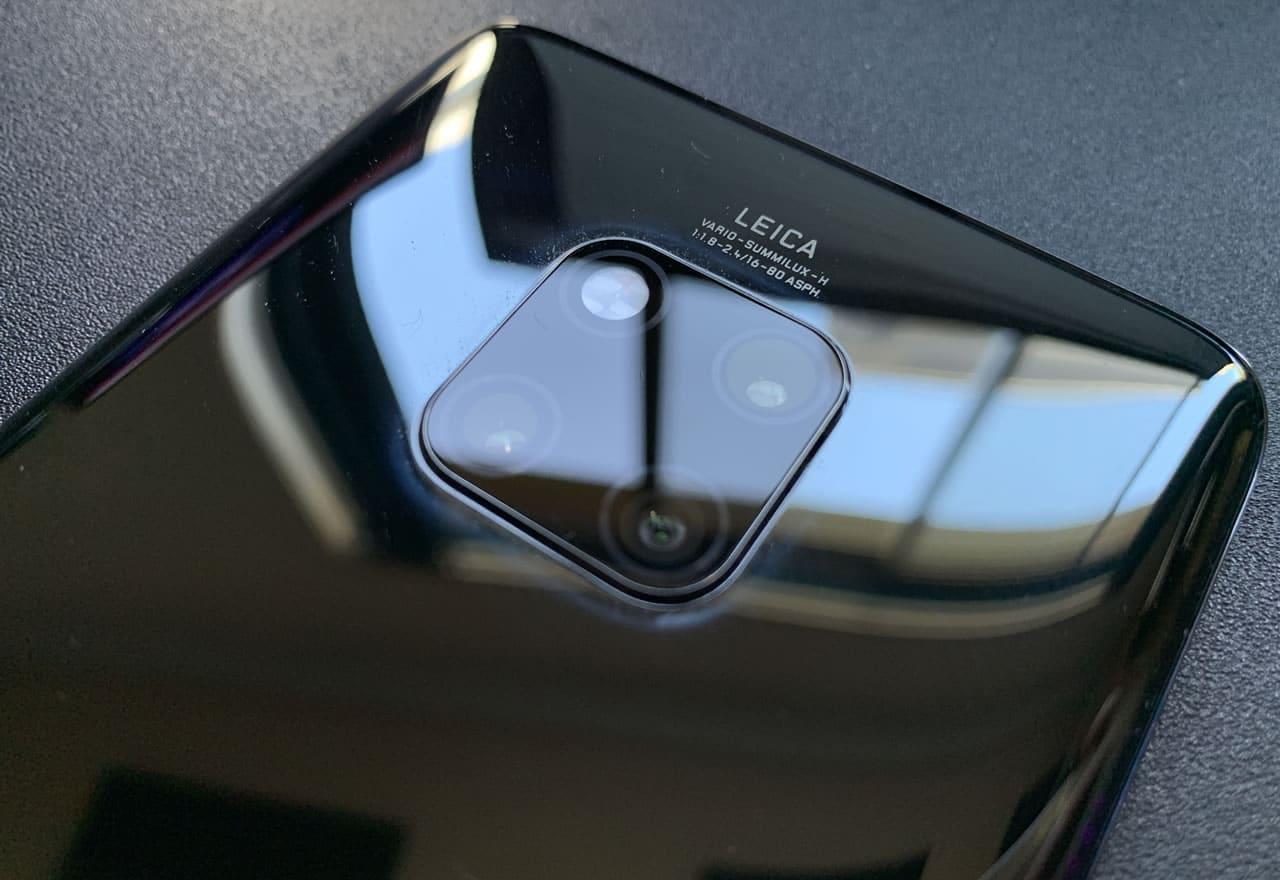 Los tres lentes del Mate 20 Pro.